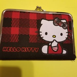 NWOT,HELLO KITTY WALLET/CLUTCH